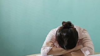 不眠症の人は頭皮が硬い?